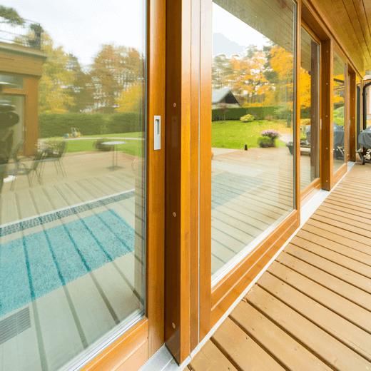 MEGRAME medinės terasos durys